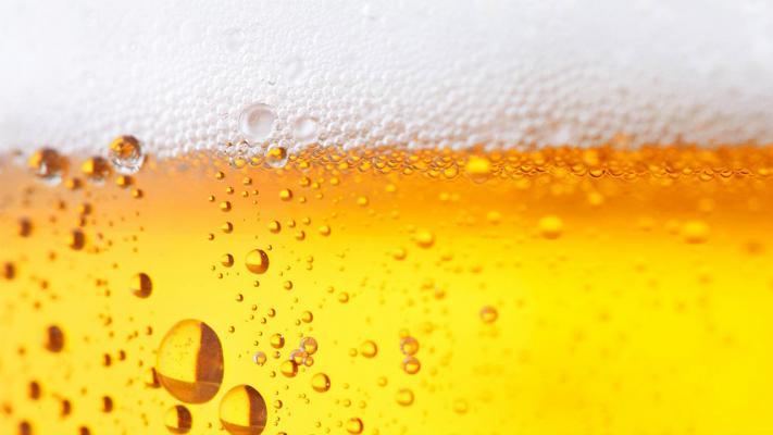 Bier €1,20 | Wijn €2,- | Shots €1,50