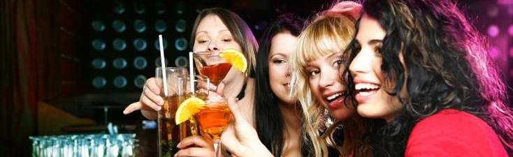 Gratis cocktail voor de ladies!